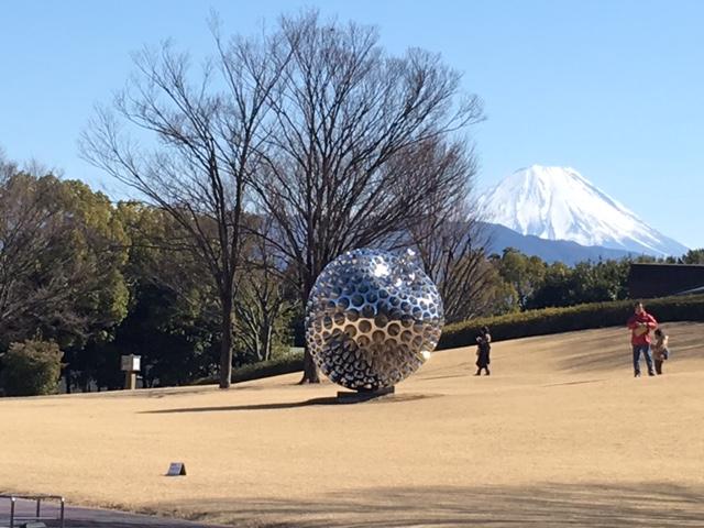 会場外には富士山が間近に見えました!